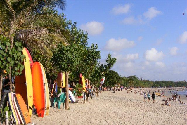 kuta-beach-and-water-equipment-2788