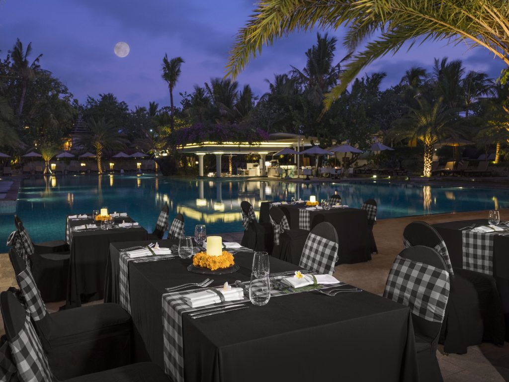 Full Moon and New Moon Buffet Dinner at Padma Resort Legian