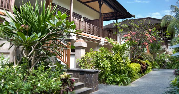 Garden Club Chalet Padma Resort Legian