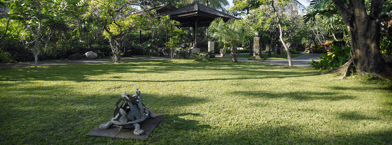 Garden Exploring Activity Padma Resort Legian 3