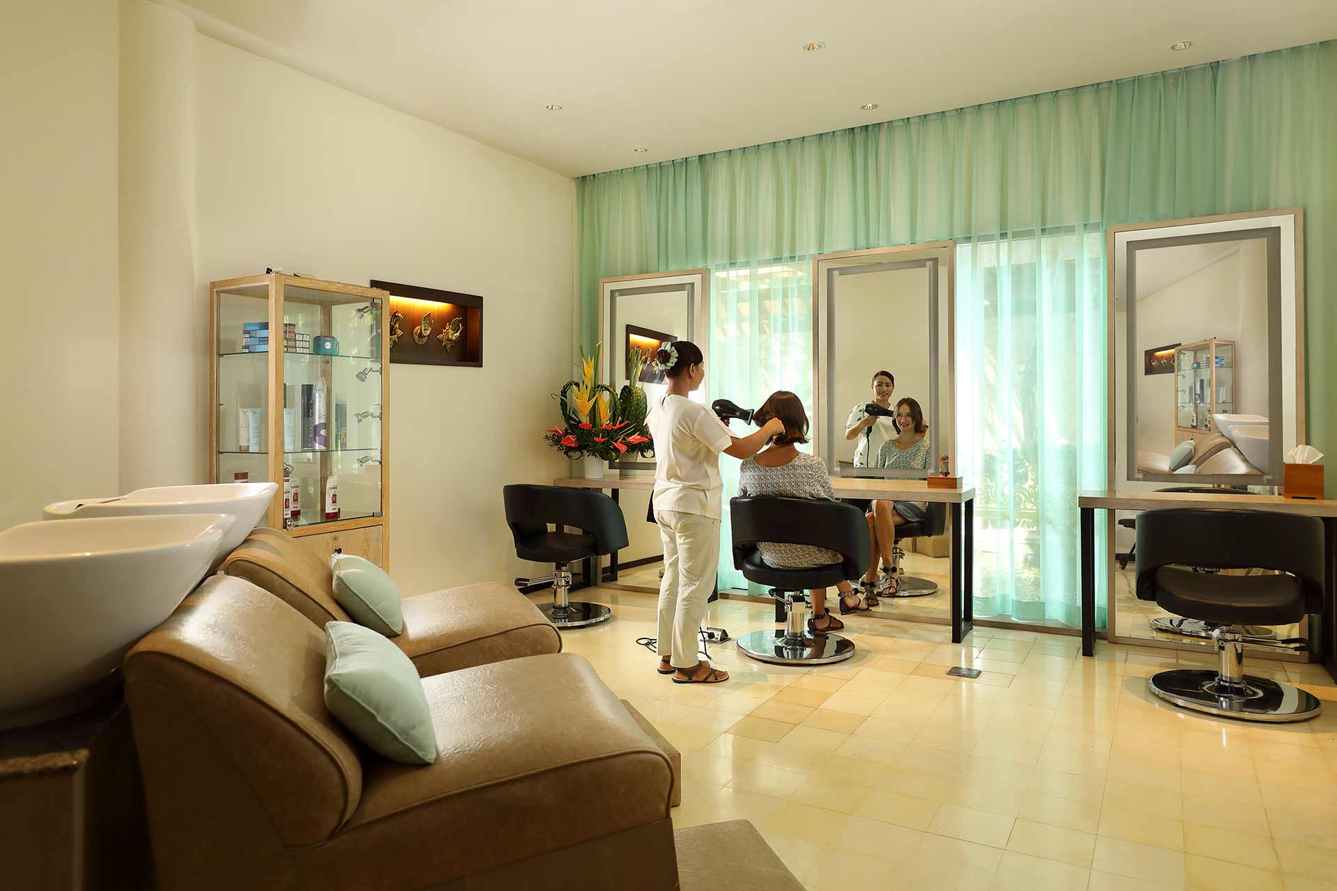Salon Service Padma Resort Legian